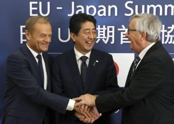 La UE y Japón mandan una señal a Trump al encarrilar su pacto comercial
