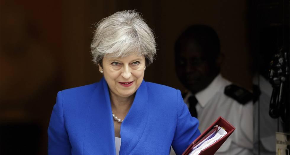 Theresa May abandona el 10 de Downing Street, este miércoles.