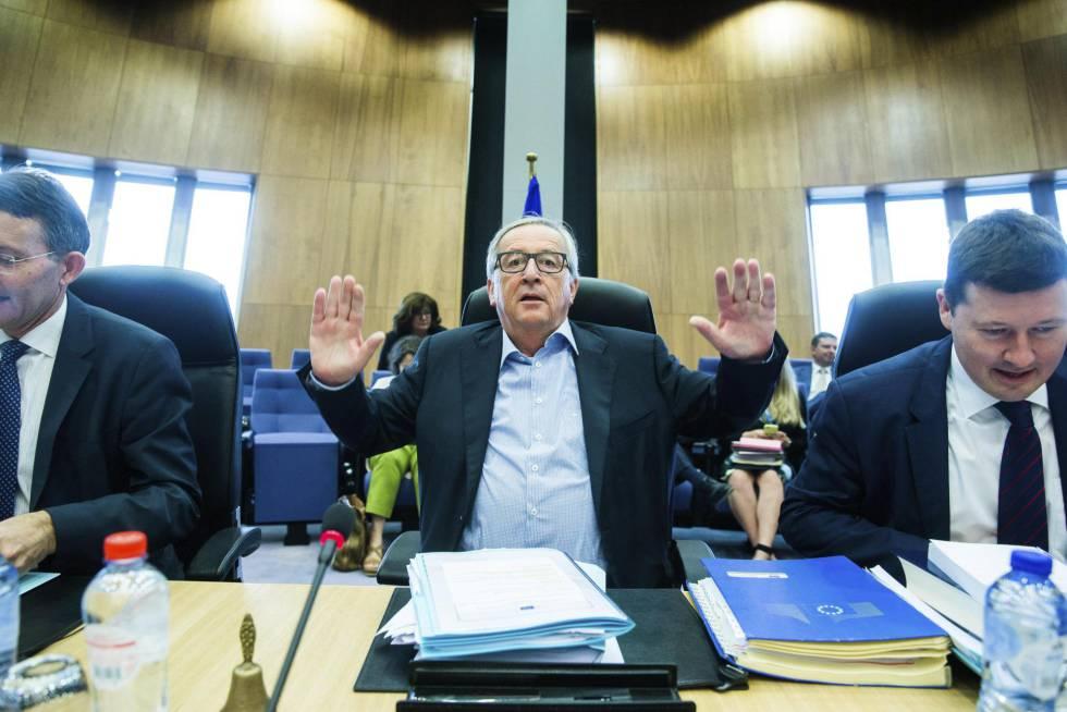 El presidente de la Comisión Europea, Jean-Claude Juncker, en la reunión del colegio de comisarios el 19 de julio en Bruselas.