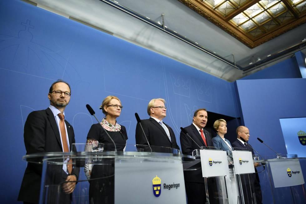 Rueda de prensa del Gobierno sueco tras la renovación del Ejecutivo por un escándalo de filtración de datos.
