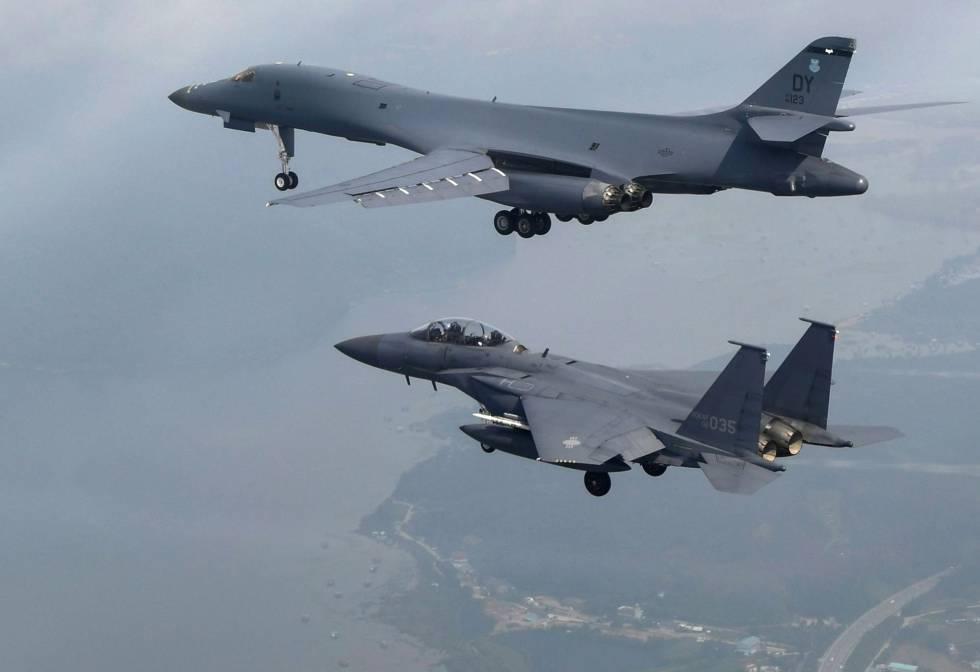 EUA sobrevoam península coreana com bombardeiros em resposta a lançamento de míssil de Kim Jon-un