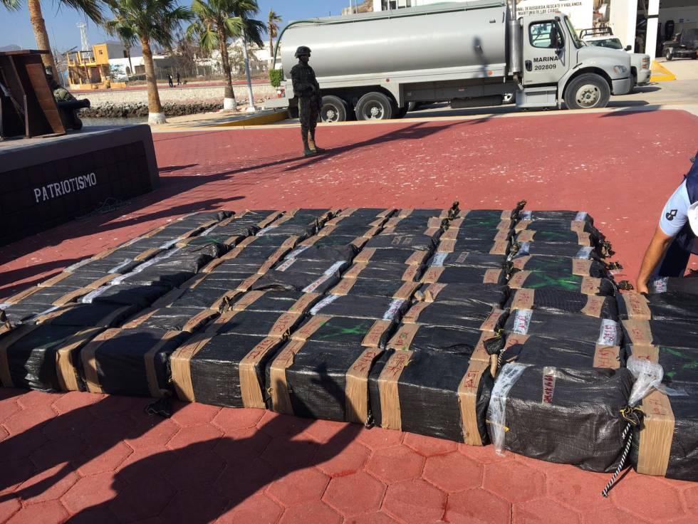 Cocaína incautada en la costa de Cabo San Lucas el 26 de junio.
