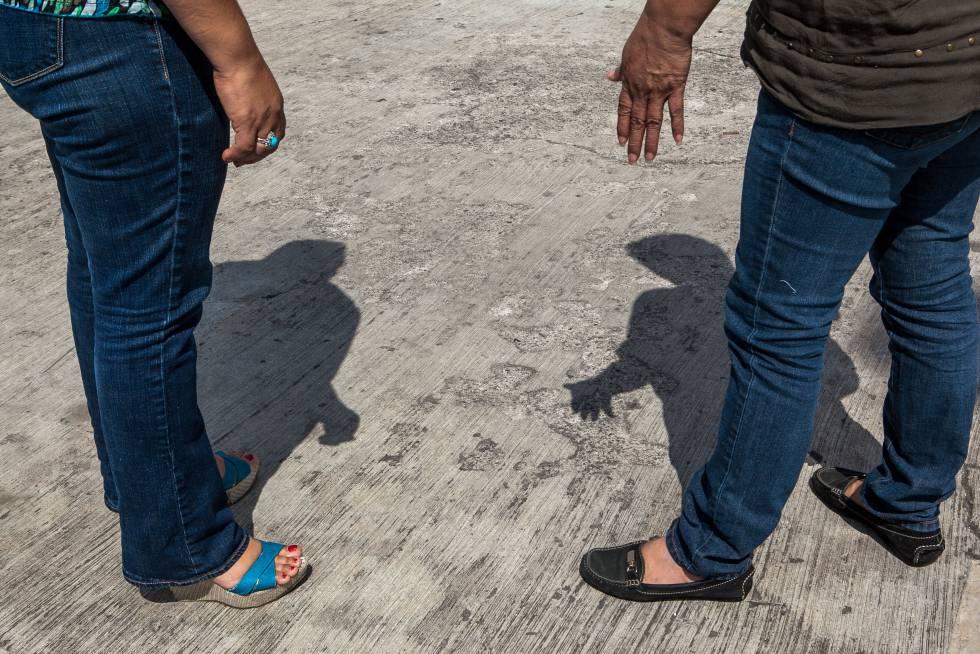 Dos de las tres mujeres mencionadas en el reportaje, cercanas a Miriam, exiliadas de Tamaulipas.