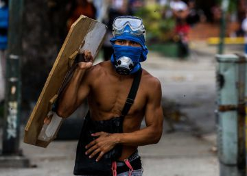 The average victim of protest violence in Venezuela: a student on the frontlines