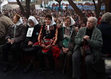 Argentina condena a cadena perpetua a cuatro jueces por delitos de lesa humanidad