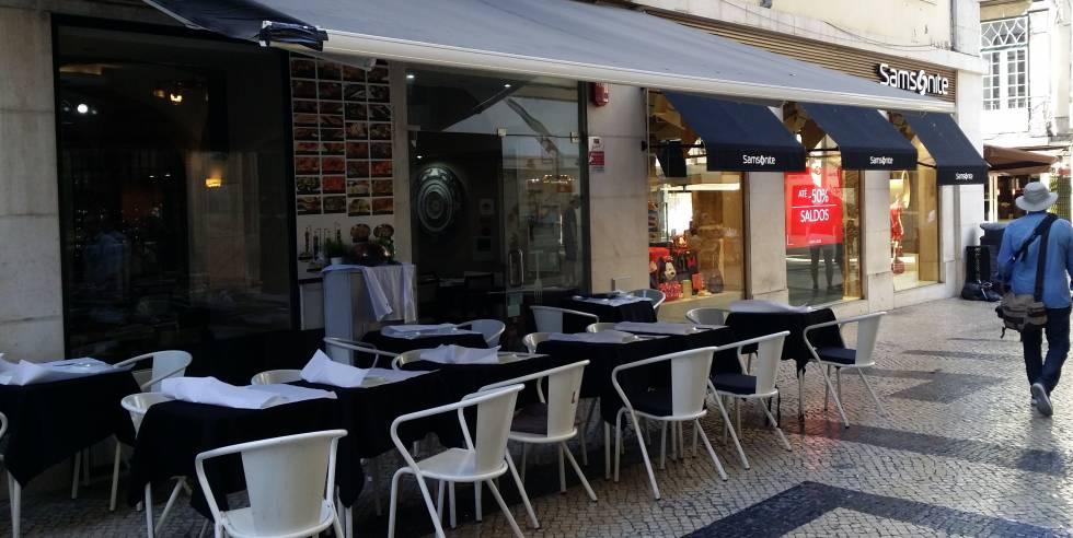 El nombre de Made in Correiros ya no aparece en el toldo del restaurante lisboeta.