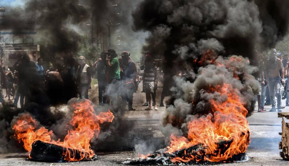 Protestas antigubernamentales en Valencia el domingo.