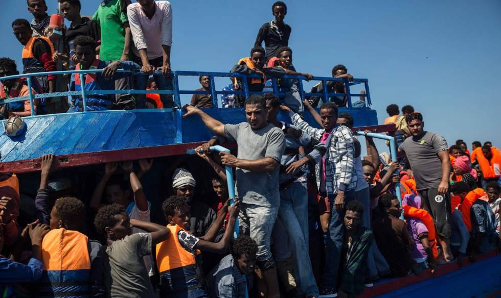 1502287180 693949 1502291687 noticia normal - Disminuyó llegada de migrantes a Italia