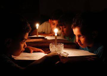 Gaza se sume en el apagón tras una década de poder de Hamás