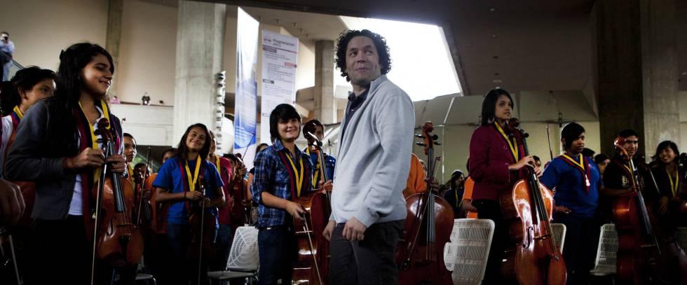 Venezuela cancela turnê de Dudamel com orquestra juvenil pelos EUA