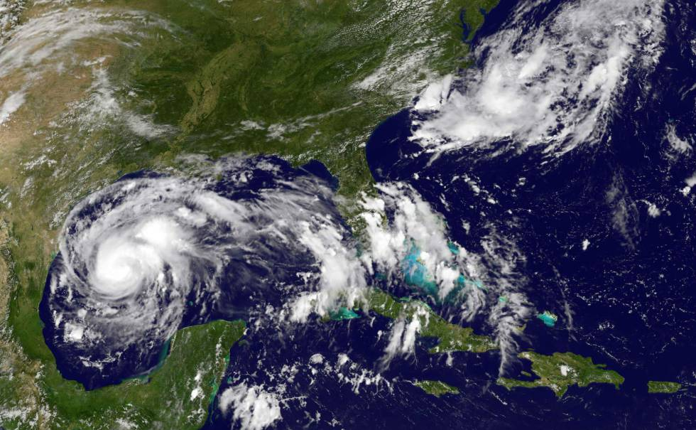El huracán 'Harvey', frente a la costa de Texas el jueves.