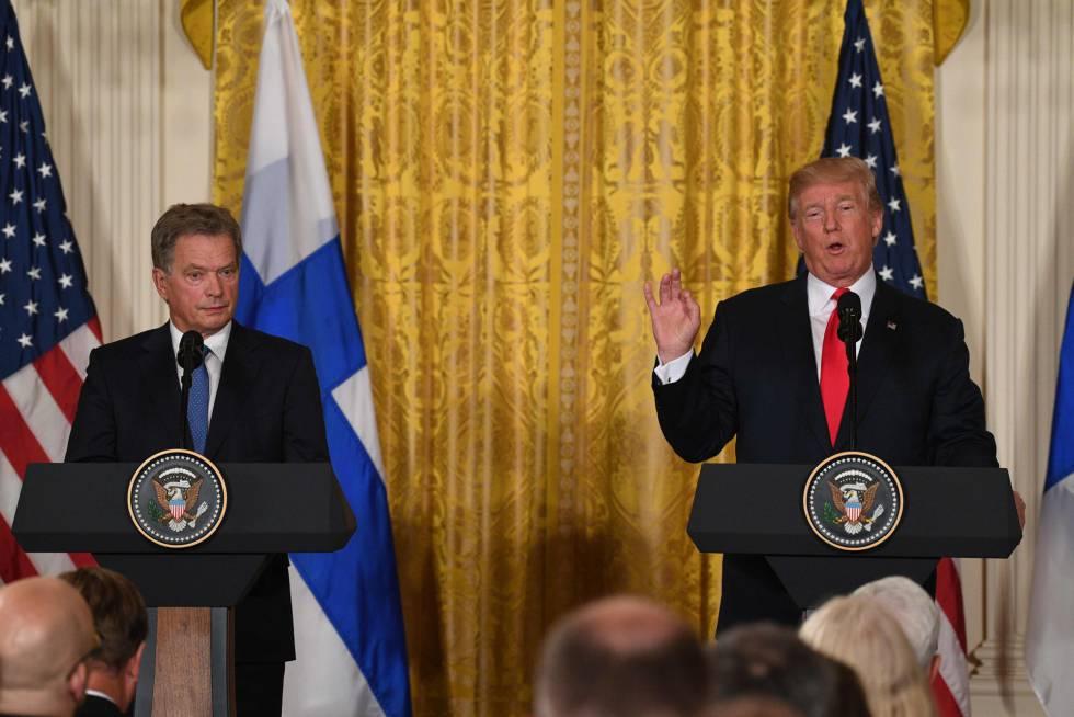Trump, este lunes en la rueda de prensa con el presidente finlandés, Sauli Niinisto.
