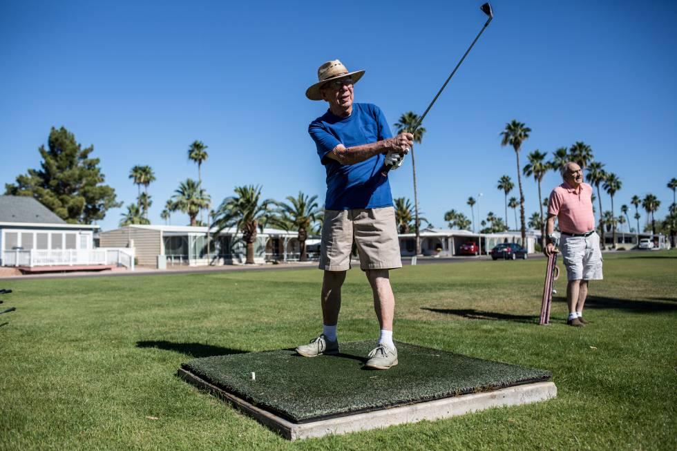 Por unos 700 euros al mes, el alquiler de Val Vista incluye los gastos y campo de golf o la piscina.