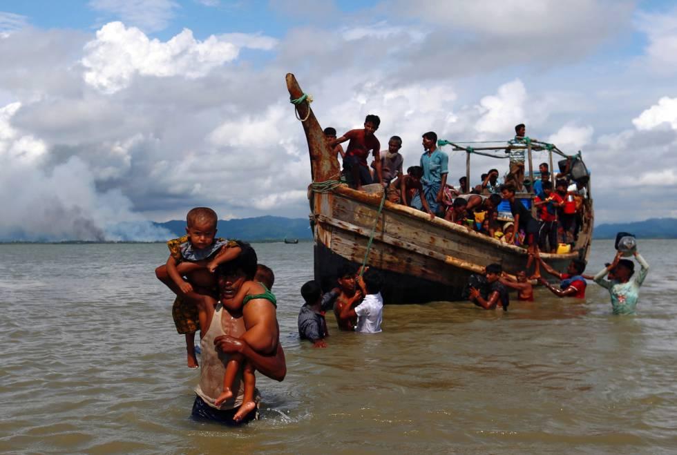 """""""Limpeza étnica"""" faz 370.000 muçulmanos fugirem de Myanmar para Bangladesh em duas semanas"""