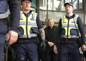 El cardenal acusado de abusos sexuales en Australia dice que es inocente
