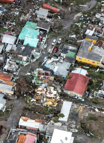 Foto aérea de la isla de San Martín, devastada tras el paso de Irma, el pasado 6 de septiembre.