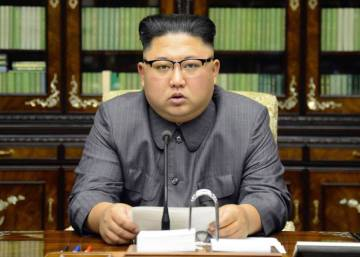 """Kim Jong-un amenaza con """"domar con fuego al viejo chocho"""" de Trump"""