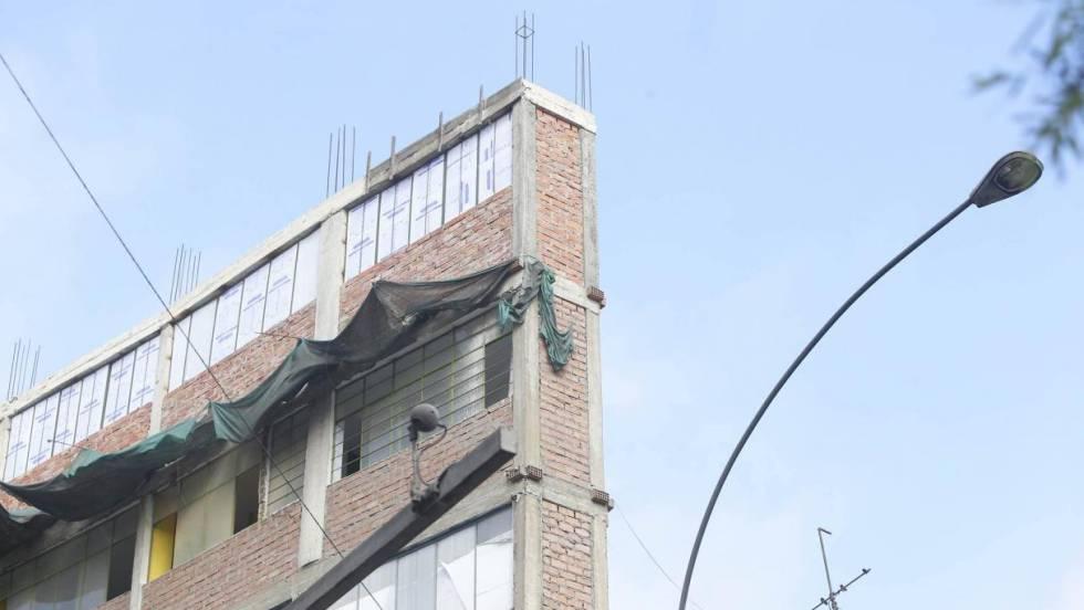 Historia de un edificio imposible: tiene siete plantas, 1,20 metros de ancho y está en Lima