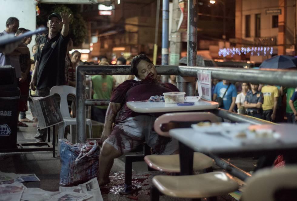 Liwayway Yabut, asesinada en 2016 a los 32 años por dos enmascarados en un local de comida rápida de Manila.