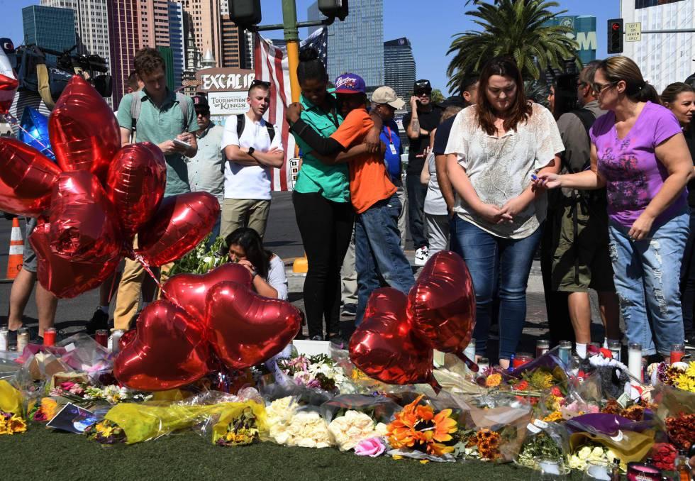 Memorial cercano al festival de música en Las Vegas.