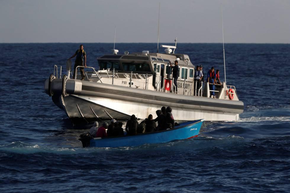 Migrantes recatados por la marina tunecina, el 30 de septiembre
