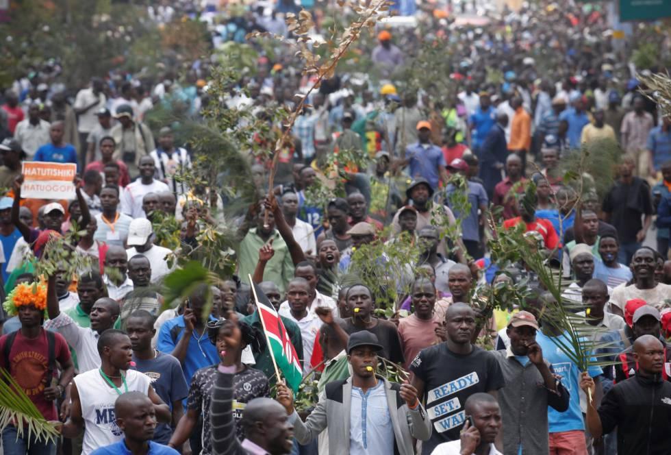 Simpatizantes de la oposición en Kenia Súper Alianza Nacional (NASA), en una manifestación el miércoles en Nairobi.