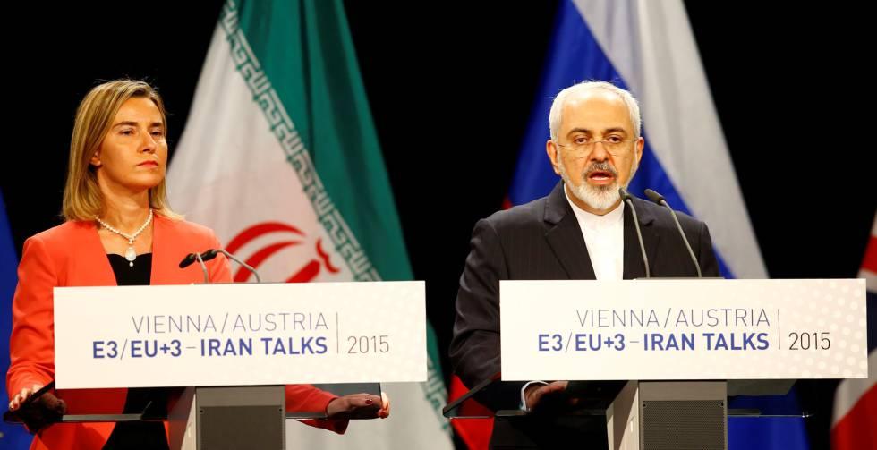 Federica Mogherini comparece junto al ministro iraní se Exteriores, Javad Zarif, con motivo del acuerdo nuclear.
