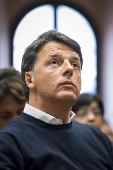 Matteo Renzi en la universidad de biotecnología de Fano.