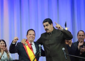 El chavismo obliga a los gobernadores opositores a jurar ante la Constituyente