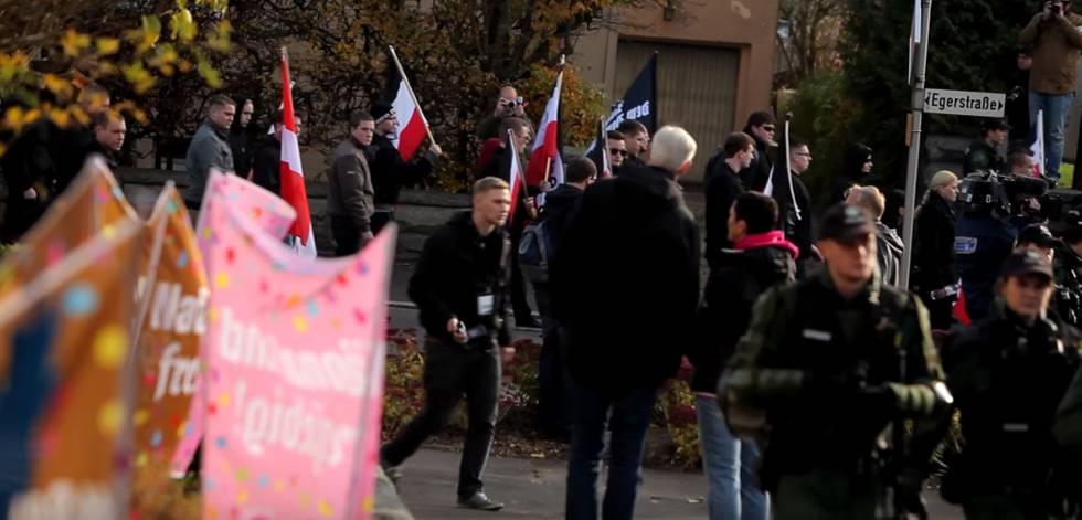 Acción de Rechts gegen Rechts, en una marcha neonazi.