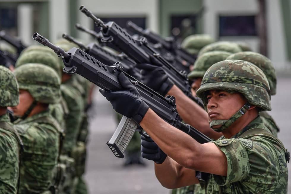 Militares mexicanos, el pasado- mes de octubre.