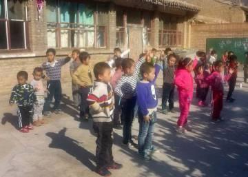 Los niños chinos dejados atrás