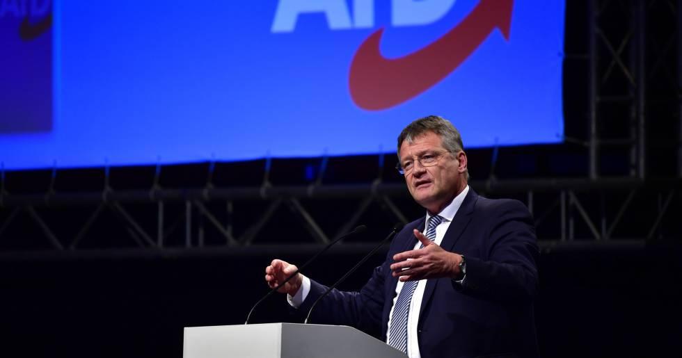 El líder reelegido de AfD, Joerg Meuthen, este sábado en Hanóver.