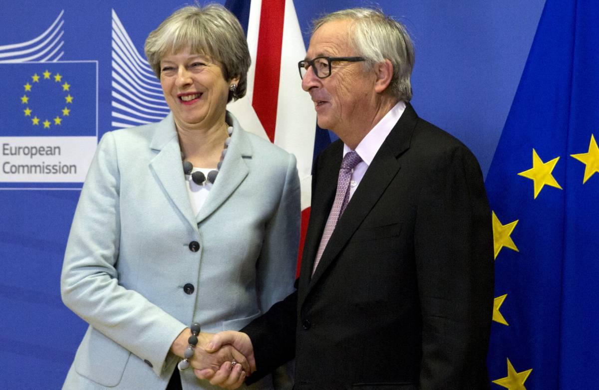 Bruselas y Londres pactan las condiciones del divorcio del Brexit ...