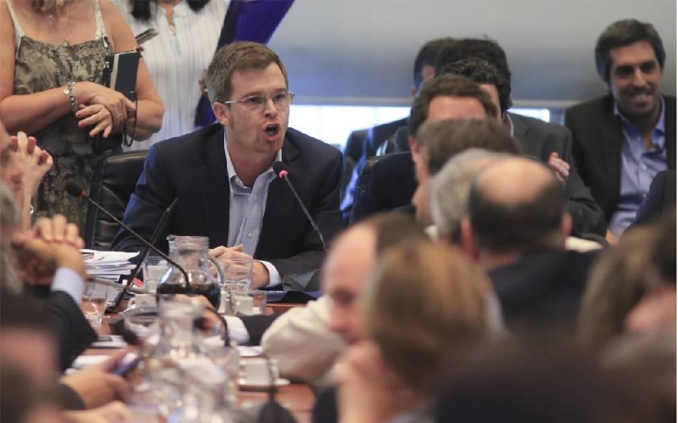 El diputado Nicolás Massot habla en la comisión de Presupuesto del Diputados.