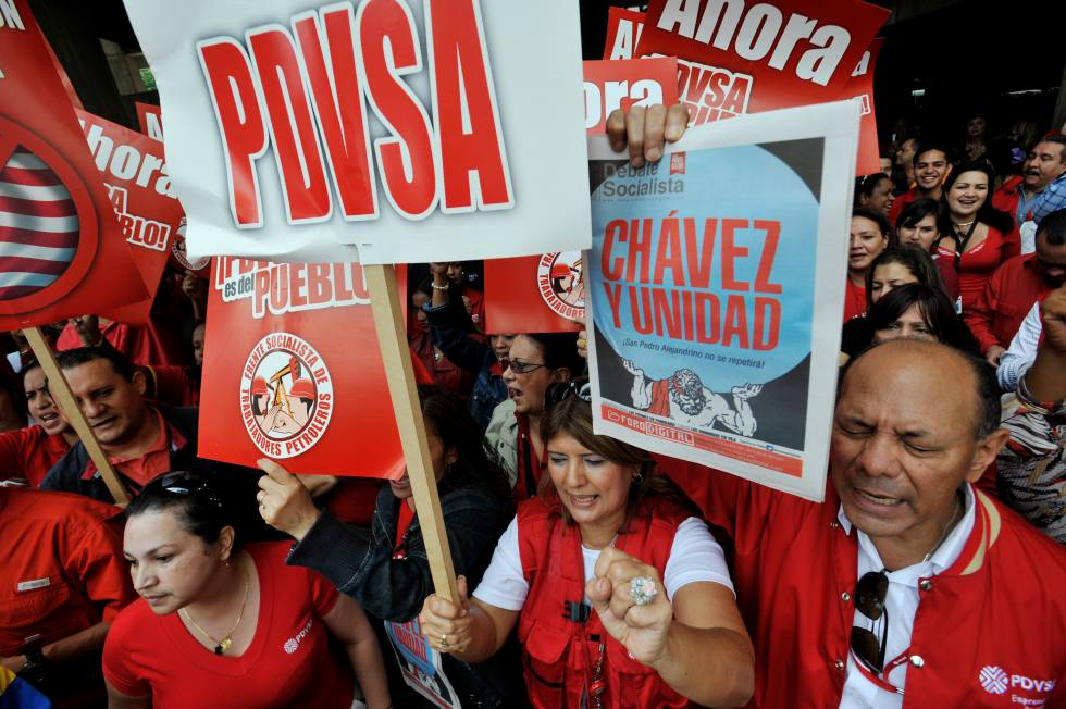 Venezuelan state oil firm (PDVSA) workers show support for Hugo Chávez in May 2011.