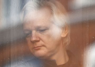 "Ecuador seeks mediation over ""unsustainable"" Julian Assange situation"