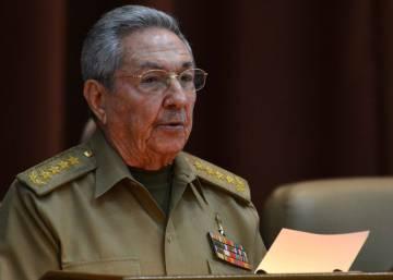 Cuba retrasa dos meses la sucesión de Raúl Castro