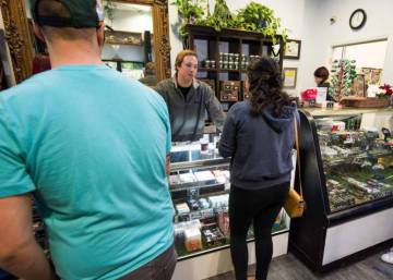 California estrena el 1 de enero el mayor mercado de marihuana legal recreativa del mundo