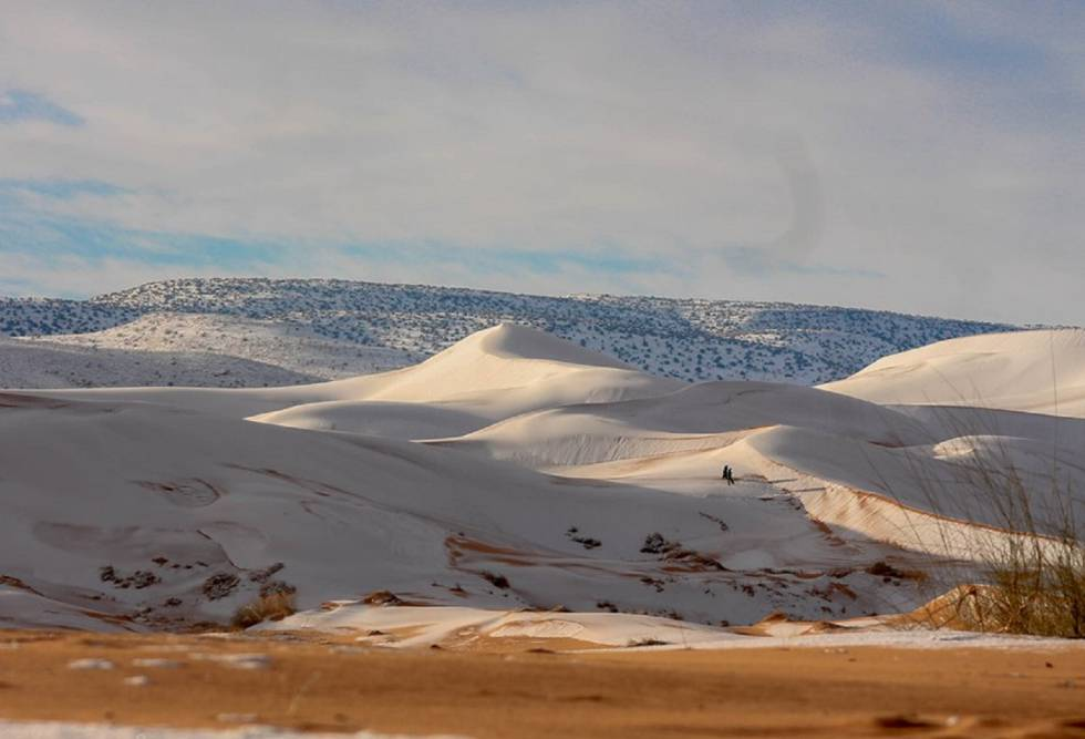 neve no deserto do Saara