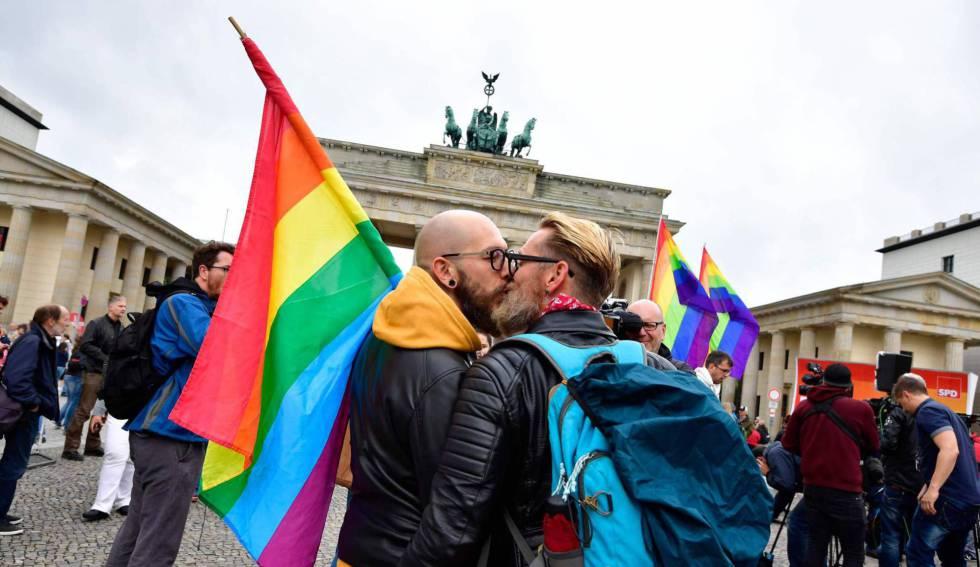 Matrimonio In Europa : Los matrimonios homosexuales también gozan de libertad