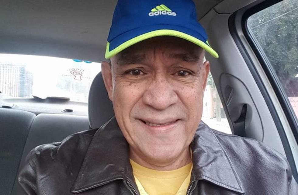 El reportero Carlos Domínguez. Foto tomada de su perfil de Facebook.