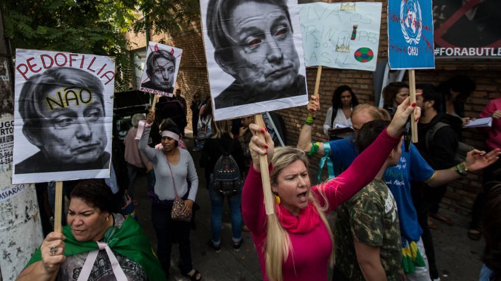 Una protesta contra la visita de Judith Butler en São Paulo, el 7 de noviembre.