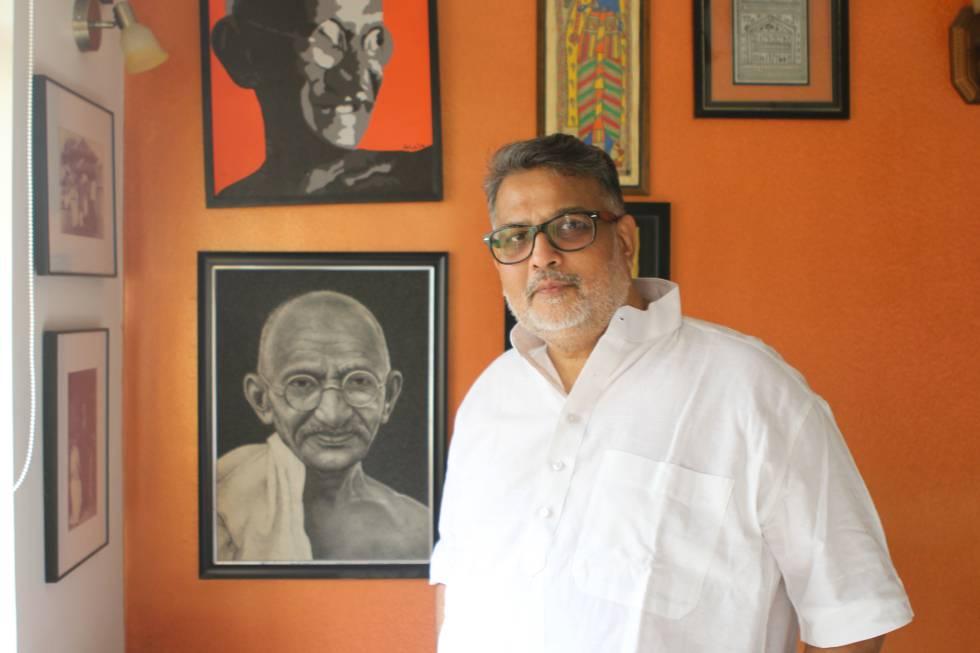 Tushar Gandhi, en su residencia en Mumbai