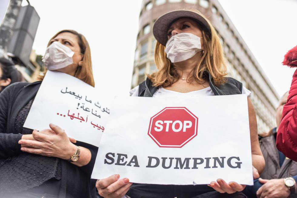 Manifestación en Beirut contra la gestión de las basuras, el pasado domingo.