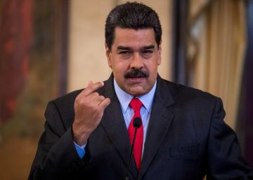 "Venezuela's Maduro: ""I'll attend regional summit with or without invitation"""