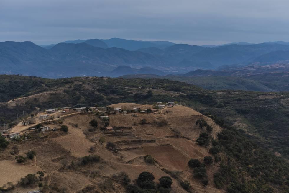 Vista panorámica que refleja el aislamiento de Santos Reyes Yucuná.