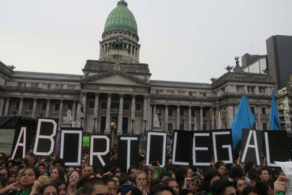 Manifestación proaborto frente al Congreso nacional en Buenos Aires, el 19 de febrero pasado.