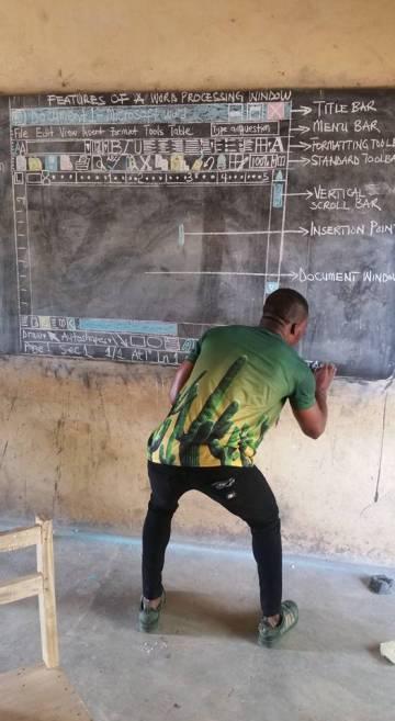 Owura Kwadwo, durante su clase.