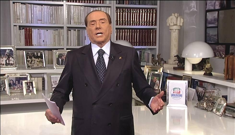 Silvio Berlusconi, durante su mensaje grabado en vídeo.